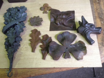 Peces de forja cedides del taller de Víctor Cunillera